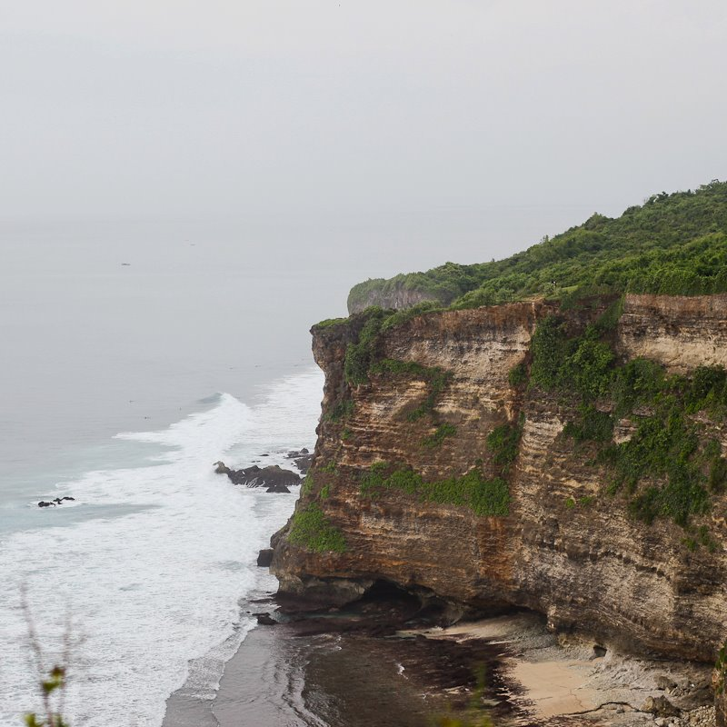 seaside-cliff-over-tanah-lot